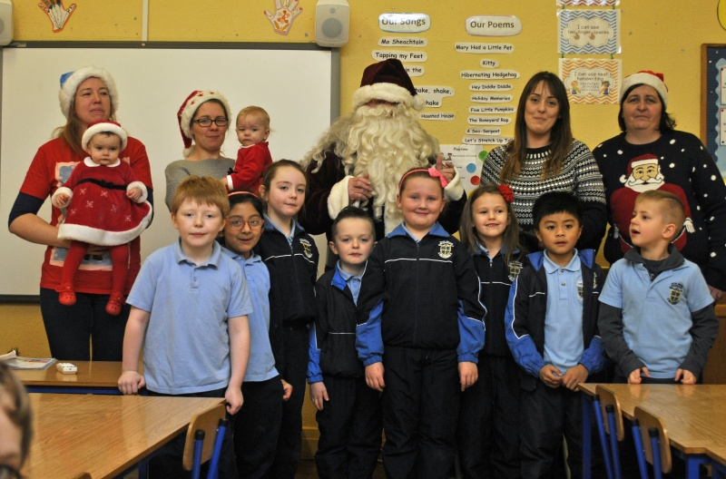 Room 3 boys and girls sing for Santa